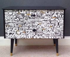 28 New Ideas For Diy Furniture Restoration Decor Decoupage Furniture, Hand Painted Furniture, Funky Furniture, Refurbished Furniture, Repurposed Furniture, Furniture Projects, Furniture Makeover, Vintage Furniture, Furniture Design