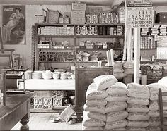 Old Picture of the Day: Mercantile Store