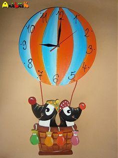 anjelicek / Hodiny balon a krtkovia Tweety, Clock, Fictional Characters, Art, Watch, Art Background, Kunst, Clocks, Performing Arts