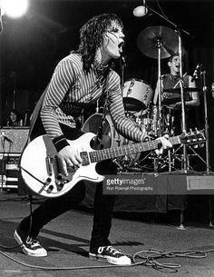 Joan Jett performs at the Paradise in Boston, May 15, 1981. Joan Jett, Blue Soul, Mode Rock, Women Of Rock, Guitar Girl, Rock Of Ages, Music Photo, Cinema, American Singers
