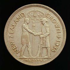 Waitangi Crown, 1935 Treaty Of Waitangi, Maori People, Commemorative Coins, Reptiles And Amphibians, New Zealand, Birds, Crown, Bear, Animals