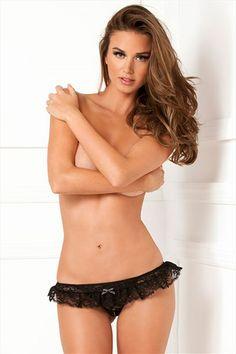 Kruisloze kanten string met ruches | Willie.nl #vrouw #erotiek #intimiteit #kadootje #kado #stout #lingerie #seks #sexy  #willie