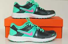 Take a Look: One girl, many shoes First Girl, Sneakers Nike, Take That, Posts, Blog, Shoes, Fashion, Nike Tennis, Moda