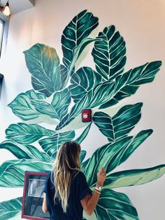 Wall Painting Decor, Plant Painting, Mural Wall Art, Diy Wall Art, Murals Street Art, Bedroom Murals, Wall Drawing, Painting Inspiration, Wall Design