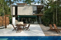 Iporanga House by Nitsche Arquitetos Associados http://www.homeadore.com/2012/08/21/iporanga-house-nitsche-arquitetos-associados/
