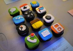 36 Nerdy Wedding (& Birthday) Cakes for Total Geeks