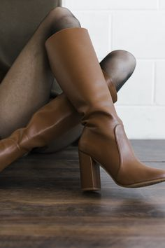 Vegan knee-high boots for women, made from soft, luxurious vegan leather. Handcrafted ethically in Spain. High Heel Boots, High Heels, Vegan Shoes, Vegan Fashion, Shoe Brands, Winter Boots, Vegan Leather, Block Heels, Character Shoes