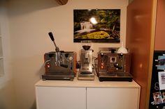 Meine alte Kaffee-Ecke mit der Olypmia Express Club (links, Handhebel) und Olympia Express Caffarex VT (rechts, Vibrationspumpe)