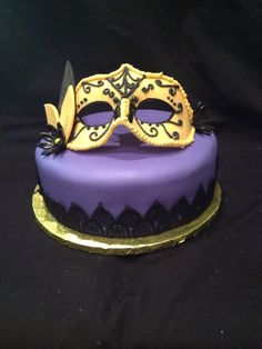 Venetian Mask Cake... Purple with black lace... Love!