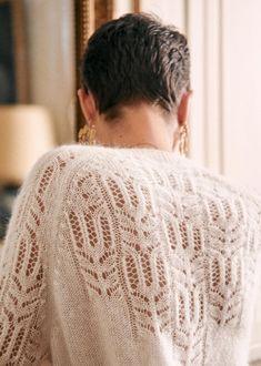 Gilet Mohair, Mohair Sweater, Crochet Woman, Knit Crochet, Black Camel, Parisian Style, Fashion Pictures, Winter Collection, Lana