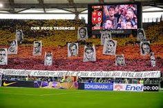 Risultati immagini per tifo e bandiere as roma Totti Roma, Soccer, Sports, Hs Sports, Futbol, Soccer Ball, Excercise, Football, Sport