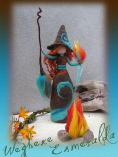 Esmeralda - bruja de fieltro, fieltro aguja y mojado de fieltro