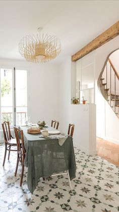 Abandoned house in Bagnolet comes back to life with renovations - Côté Maison French Country Cottage, Mediterranean Style, Home Renovation, Dining Bench, Dining Room, Ideal Home, Architecture Design, Sweet Home, Home And Garden