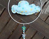 petit mobile nuage à pois bleu de  mobile de Floriane sur Etsy Le Panda Roux / blue cloud mobile