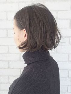 スポンテニアスアッシュカラー×リップラインボブ_ba14443 - 24時間いつでもWEB予約OK!ヘアスタイル10万点以上掲載!お気に入りの髪型、人気のヘアスタイルを探すならKirei Style[キレイスタイル]で。