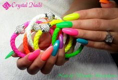 #neon #nails for #summer Us Nails, Neon Nails, Baby Boomer, Crystal Nails, Nailart, Gel Nail Polish, Neon Colors, Summer Time, Crystals
