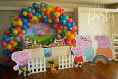 Daii C's Birthday / Peppa Pig - Peppa Pig Party Birthday at Catch My Party 1 Year Birthday Party Ideas, Birthday Party Tables, 3rd Birthday Parties, Birthday Party Decorations, Birthday Wishes Girl, Baby Boy First Birthday, Pig Birthday, Peppa Pig Balloons, Cumple Peppa Pig