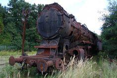 Eine von 10 BR 50 35 der Loksammlung Falz am 12.09.09 im ehemaligen BW Falkenberg oberer Bahnhof. Scheinbar war sie ohne Umlaufschürtze unterwegs, oder sie ist ihr irgendwann man etfernt worden. Germany