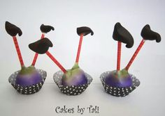 Witch feet cake pops