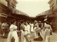 Rambla de San José. Entrada principal al Mercado de la Boquería. Barcelona a principios S XX