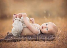Gabriel {4 Months Old} by Lisa Holloway on 500px