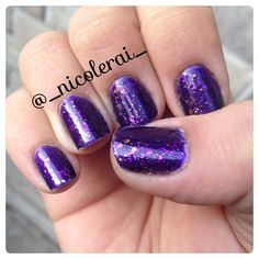 Purple Fingernail Polish with Designs | Pinned by Nicole Graham Ramsland