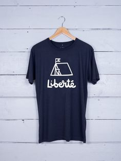 Liberte graphic t-shirt The Level Collective x Nick Deakin Hipszter Divat a8c1aebbfe