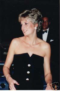 """, January Princess Diana arrives at """"Postcards From The Edge"""" Premiere a. , January Princess Diana arrives at """"Postcards From The Edge"""" Premiere at the Odeon, Leicester Square, London. Lady Diana, English Rose Tattoos, Old English Roses, English English, Rosé Hair, Rugby, Roses Photography, Rose Tattoos For Women, Velvet Bridesmaid Dresses"""
