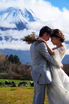 Mont Fuji, Couple Photos, Couples, Travel, Ice Caves, The Holy Mountain, Mists, Couple Shots, Viajes