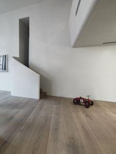 Hardwood plank flooring at Westminister Apartment - GrandOak by Dinesen