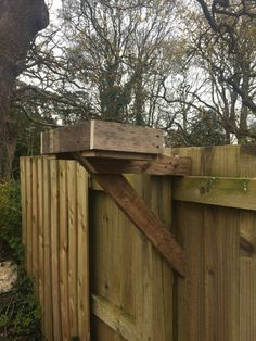 #birdfeeders, #oldpallets #candhtreesurgery #chtreesurgery.co.uk Tree Surgeons, Old Pallets, Plymouth, Bird Feeders, Surgery, Canning, Wood, Woodwind Instrument, Timber Wood