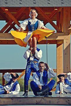 lúčnica - Hľadať Googlom Heart Of Europe, Shall We Dance, Folk Dance, Bratislava, Dance The Night Away, Dancing, Two By Two, Traditional, History