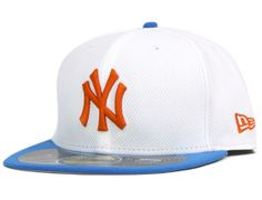 0955ab635f4 Diamond Era Pop New York Yankees 59Fifty Fitted Cap by NEW ERA x MLB Fitted  Baseball