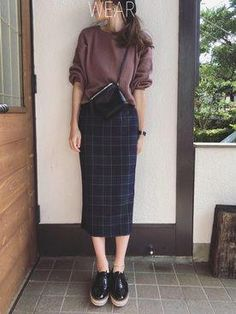 pencil skirt casual outfit skirt Stylish Outfits to Try this Fall – Fashion, Home decorating Work Fashion, Hijab Fashion, Korean Fashion, Fashion Outfits, Fall Fashion, Pencil Skirt Casual, Pencil Skirt Outfits, Pencil Skirts, Long Pencil Skirt
