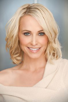Josie Bissett | Women's Headshots Photographed by Bradford Rogne. http://www.RognePhoto.com  I like how the lighting complements her face. Nice background, like her hair and smile.