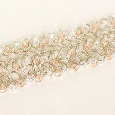 Beaded Wire Crochet Bracelet Pattern www. You are in the right place about crochet h Crochet Metal, Bead Crochet, Crochet Bracelet Pattern, Bracelet Patterns, Crochet Pattern, Crochet Jewelry Patterns, Crochet Accessories, Wire Wrapped Jewelry, Beaded Jewelry