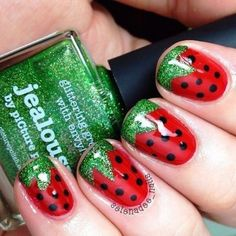 Create this strawberry nail art for short nails | AmazingNailArt.org