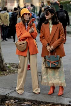 Street style na tygodniu mody w Paryżu streetwear Trendy Outfits, Fall Outfits, Fashion Outfits, Womens Fashion, Fashion Trends, Look Street Style, Street Style Women, Streetwear, Look Fashion