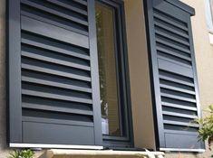grille de defense devant porte d 39 entree fer forg grille de protection pinterest fer forg. Black Bedroom Furniture Sets. Home Design Ideas