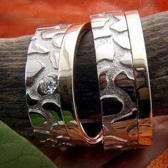 #gyűrű #ring #loveyou #karikagyűrű #esküvő #wedding #brilliant #egyediékszer #masterpiece #whitegoldring #goldrings  www.matheekszer.hu Cuff Bracelets, Rings For Men, Photos, Instagram, Jewelry, Men Rings, Pictures, Jewlery, Jewerly