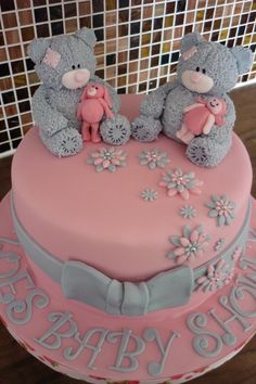 Tatty Teddy Cake This was an vanilla sponge cake created for a lady for her baby shower who loves tatty teddies Foto Pastel, Teddy Bear Cakes, Vanilla Sponge Cake, Beautiful Cupcakes, Different Cakes, Tatty Teddy, Birthday Cake Girls, Novelty Cakes, Baby Shower Cakes