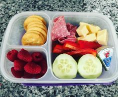 Snack lunches are my favorite! Crackers Swiss cheese Portuguese cheese salami raspberries cucumbers and red pepper. Lunch Meal Prep, Healthy Meal Prep, Healthy Snacks, Healthy Eating, Healthy Recipes, Lunch Time, Detox Recipes, Lunch Snacks, Lunch Recipes