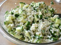 Lemony Cucumber Couscous Salad: really refreshing! Awesome salad to make for a summer gathering