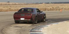 2018 Challenger Hellcat Widebody: Better to Drive, Harder to Park