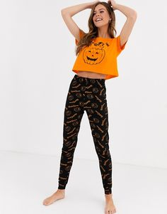 Shop Brave Soul Halloween hallow-queen pyjama set at ASOS. Order now with multiple payment and delivery options, including free and unlimited next day delivery (Ts&Cs apply). Estilo Goth Pastel, Halloween Pajamas, Halloween Clothes, Halloween 2020, Pyjamas, Pajama Set, Brave, Latest Trends, Two By Two