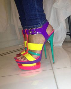 frankie sandford in colour-blocked gianmarco lorenzi sandals. #shoeporn