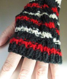 Fingerless Gloves  Fingerless Mittens Black Red White by SweetRoxs