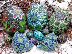 mosaic eggs for the garden