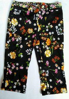 Dolce & Gabbana women's floral black capri paints waist 26 size 40 EuC