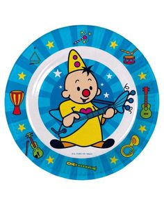 Wegwerpbordjes van de altijd vrolijke Bumba de clown. Te combineren met bekers, servetten, een tafelkleed en rietjes van Bumba. Organiseer een compleet Bumba feestje voor je kind.